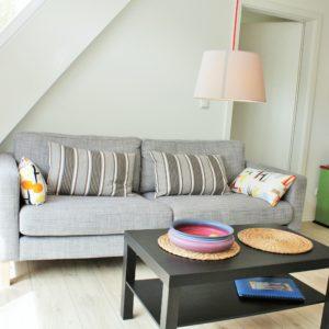 malerhaus-kuhse-ferienwohnung-südwind-wohnzimmer