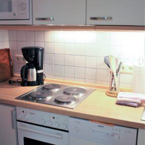 malerhaus-kuhse-ferienwohnung-altes-atelier-kueche
