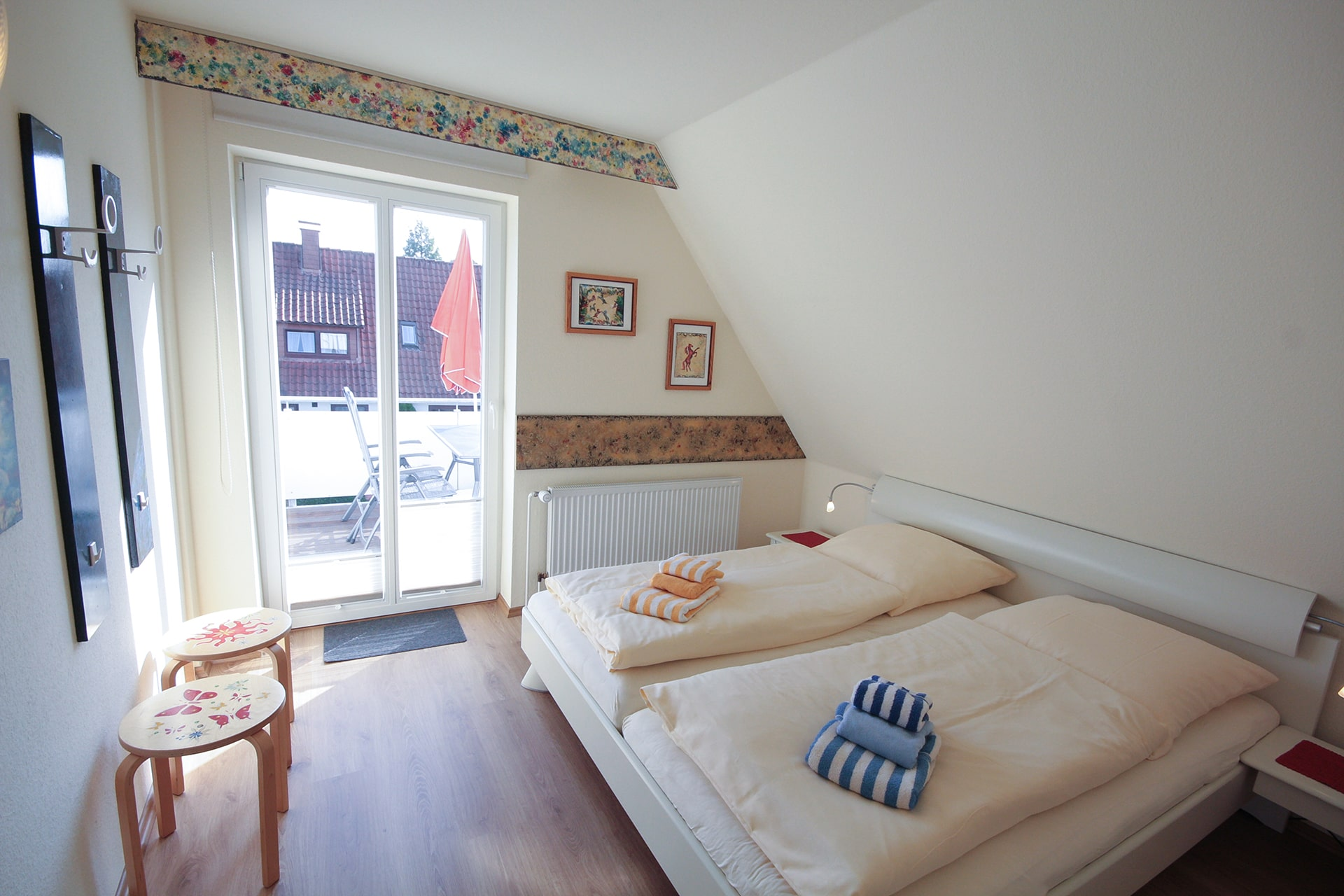 malerhaus-kuhse-ferienwohnung-seestern-schlafzimmer