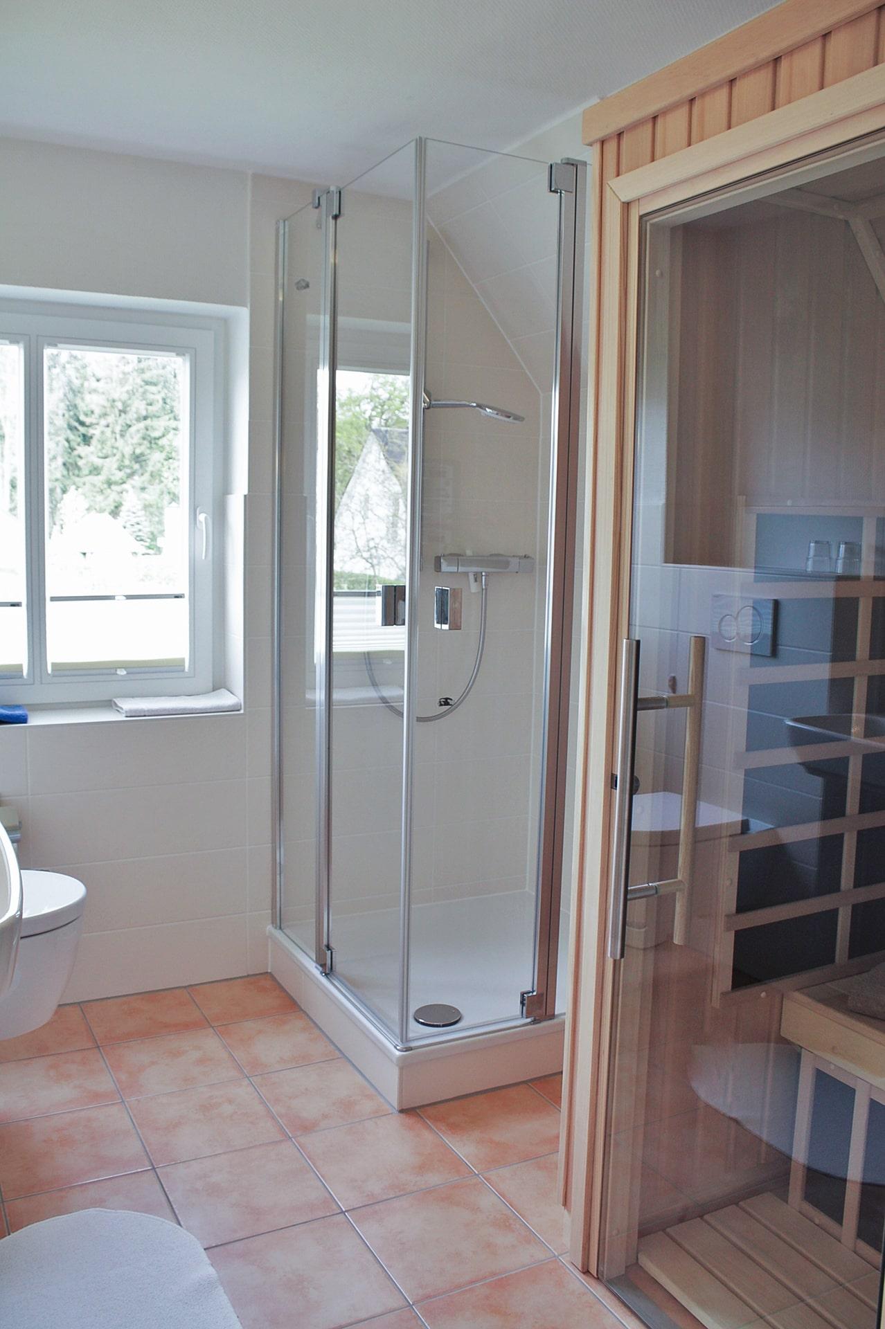 malerhaus-kuhse-ferienwohnung-südwind-bad-infrarot-sauna